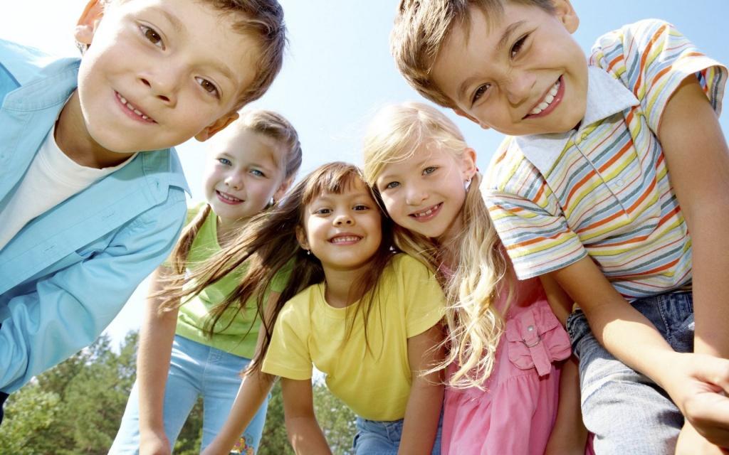 поиск детей сирот для усыновления